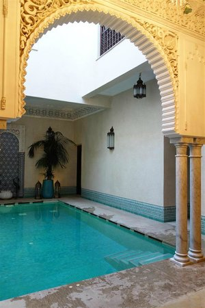 Riad Kniza: Swimming Pool