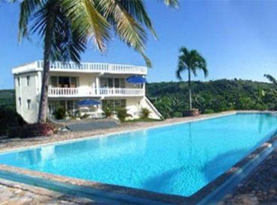 Casa Blanca Samana : Apartment-Haus mit Pool