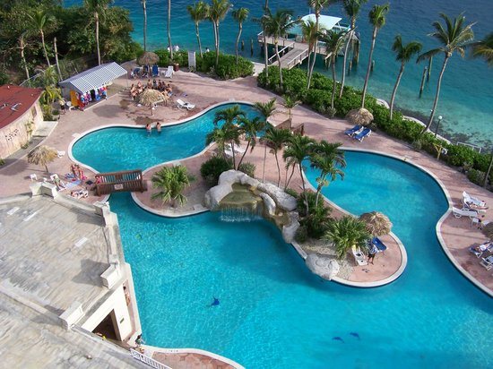 Paradise Island Harbour Resort All Inclusive: pool from our room!