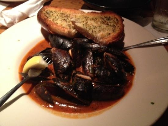 Deck House: mussels