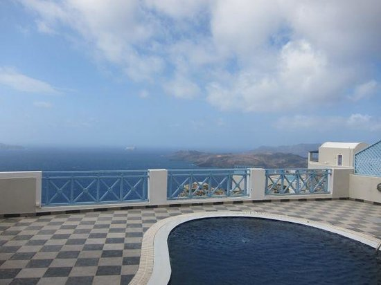 Celestia Grand: volcano view