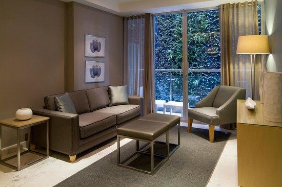 Pennsylvania Suites: Habitación