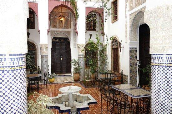 Riad El Ma: Courtyard