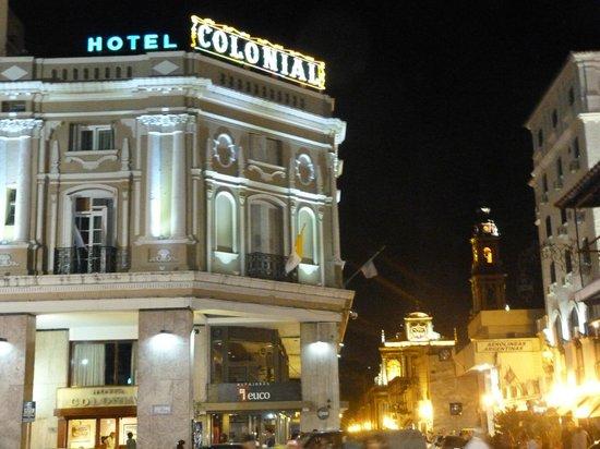Hotel Colonial Salta: vista desde la plaza
