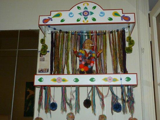 """Hotel Colonial Salta: """"ekeko"""" símbolo típico y cultural y tiene su correspondiente altar"""