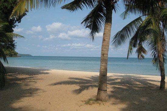 Sattahip, Tailandia: SAI KAEW BEACH: 08.30 am