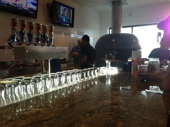 A-Town Pizza : The bar and the oven