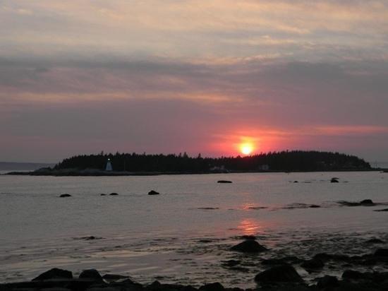 Oceanstone Resort: sunset at Oceanstone - May 2012