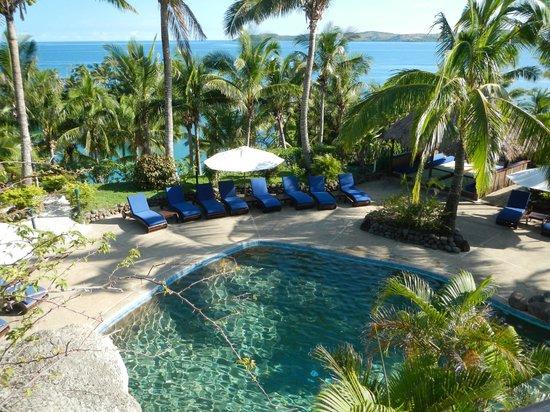 Wananavu Beach Resort: Pool area