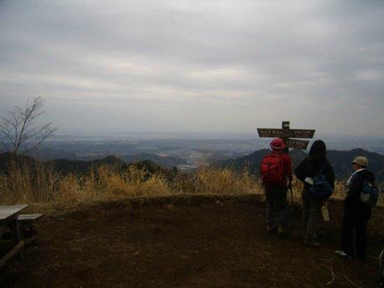 Mt. Kagenobu : 景信山からの眺め