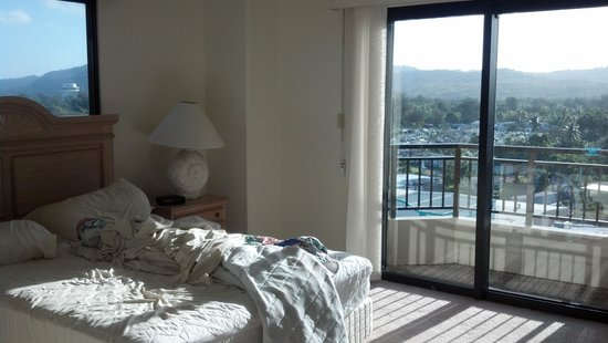 Aquarius Beach Tower: master bed room city mountain view 2 bd