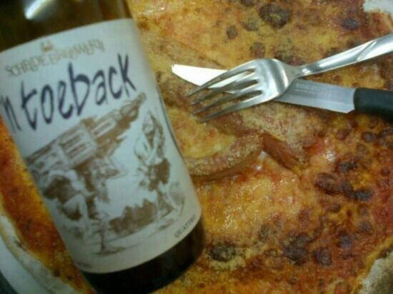 TNT: Ottims pizza forno a legna e piu di 100 birre artigianali belgs in bottiglia