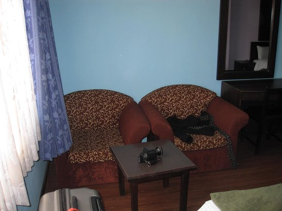 Hotel Family Home: Room