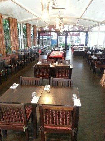 Choc Dee Thai Restaurant & Takeaway: Choc Dee Dining Area