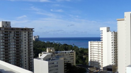 Hyatt Place Waikiki Beach: 水族館方向