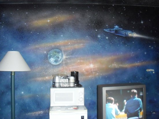 Quality Inn & Suites Lincoln : Space Odyssey Room