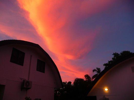 Samoa Tradition Resort: Lovely sunset