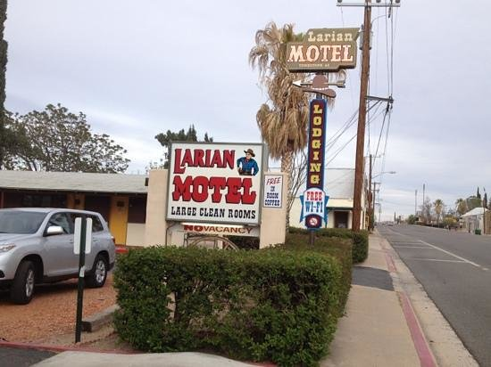 Larian Motel: Looks like an old-fashioned motor court-only cuter