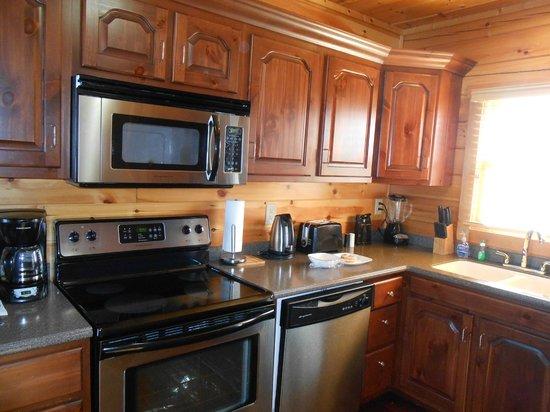 Starr Crest Resort: Kitchen