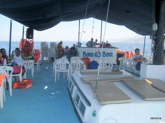 Bora Bora: On board the Bora-Bora catamaran
