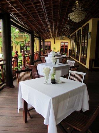 Paradise Restaurant Angkor