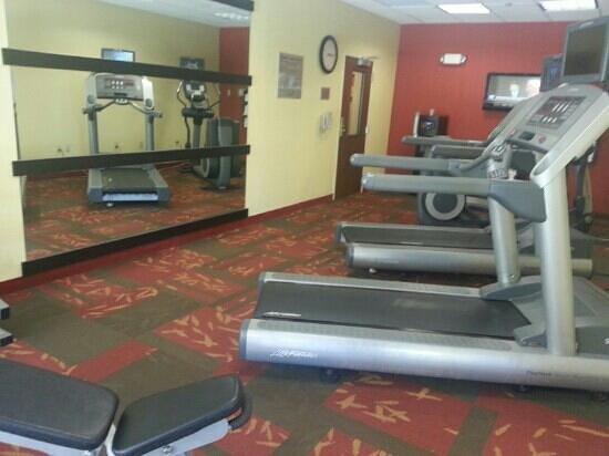 Courtyard Jacksonville Butler Boulevard : Exercise Room