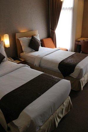 Serela Riau Bandung: Room