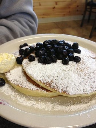 Greystone Grill: blueberry pancakes!