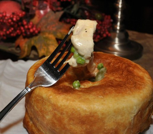 W L Goodfellows & Co: Chicken Pot Pie