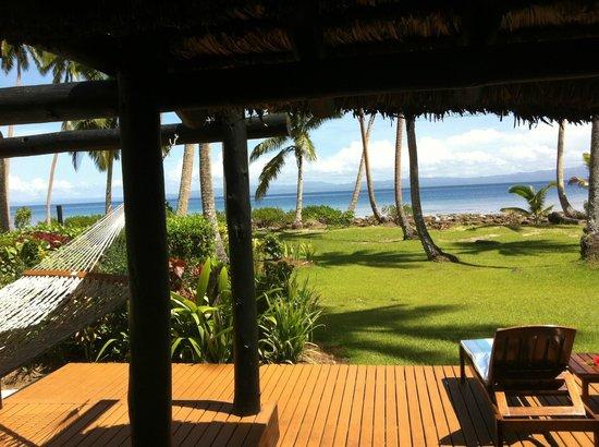 جون ميشيل كوستو ريزورت فيجي: View from the beach area