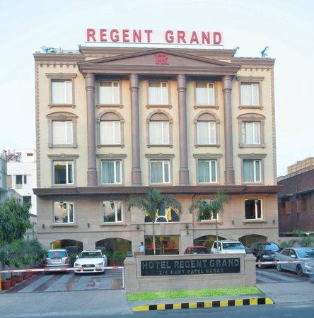 Hotel Regent Grand: Front
