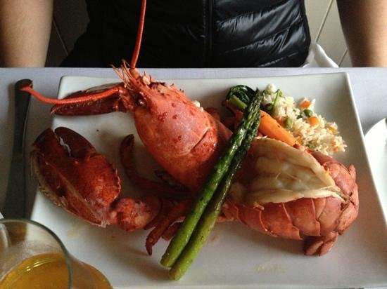 Steveston Seafood House: lobster