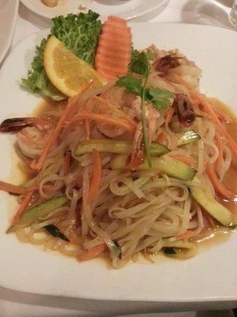 Beauregard's Thai Room: Shrimp Beauregard's Pad Thai
