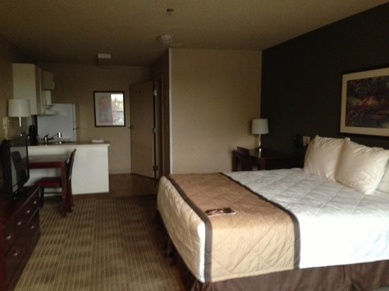 Extended Stay America - Fort Lauderdale - Cypress Creek - Andrews Ave.: Looks good on the surface