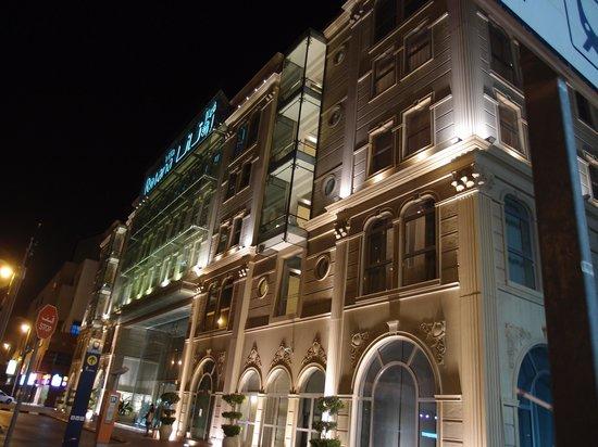 Villa Rotana - Dubai: 外観