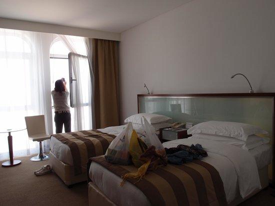 Villa Rotana - Dubai: 部屋