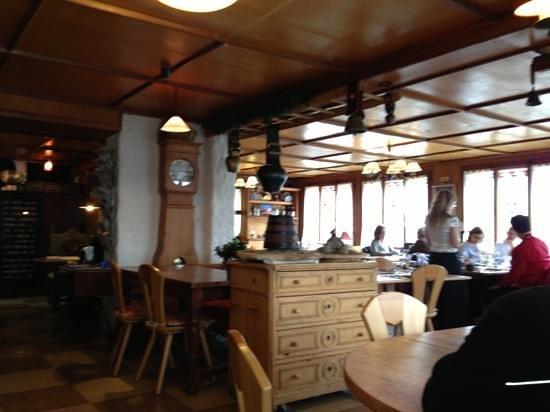 Restaurant de l'Hotel de la Poste: salle à manger