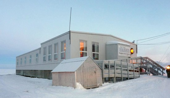 Qikiqtarjuaq, Canada: Entire Building - Tulugak Inns North, Qik