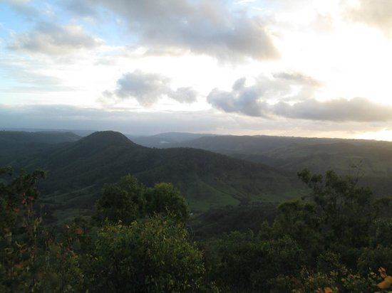 Cainbable Mountain Lodge : view from the property