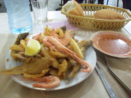 Cafe Snack Cousteau Photo