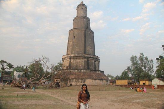Itachuna Rajbari: Victory tower at Pandua nearby Itachuna