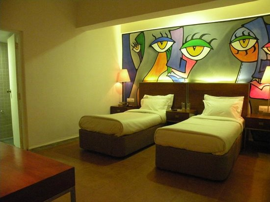 The Camelot Manor Hotel: Super Deluxe Room