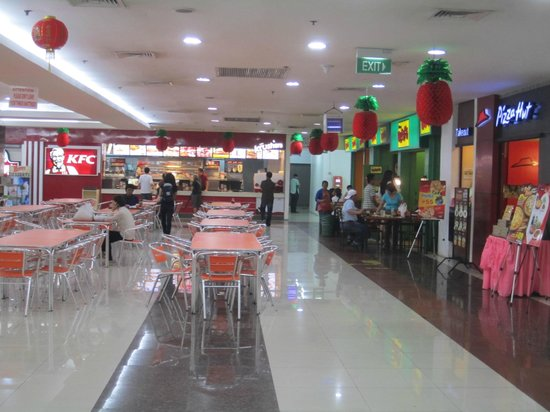 168 Shopping Mall: Food court