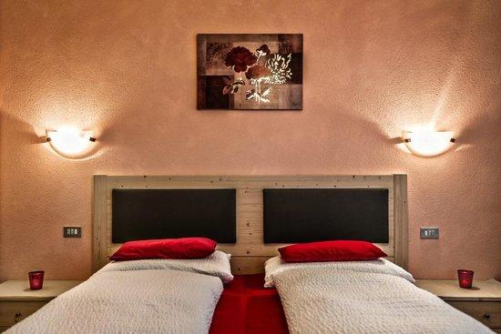 B b apartments confolia corvara in badia italia prezzi - Hotel corvara con piscina ...
