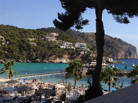 Camp de Mar: beach restaurant