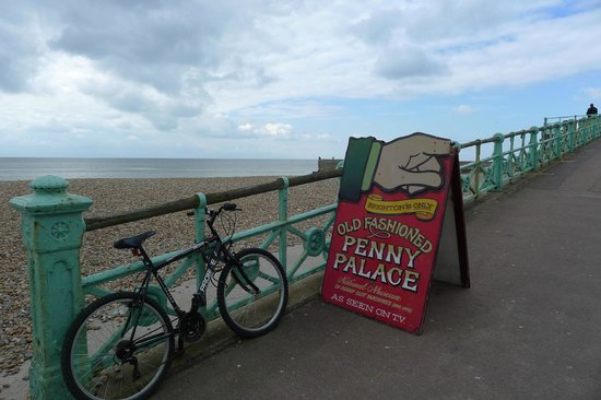 Mechanical Memories Museum: The Penny Arcade Museum The Sea Front Brighton