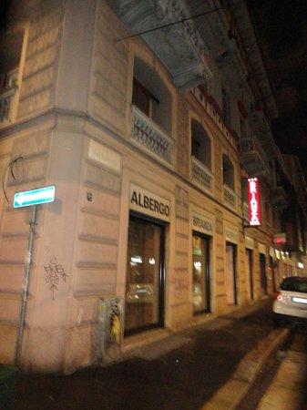 Hotel Brianza: Отель эконом класса практически в центре Милана