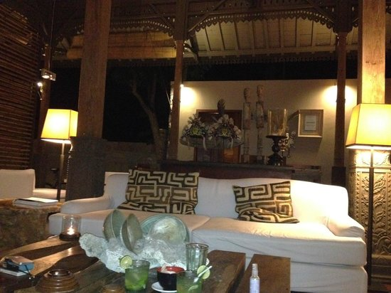 The Purist Villas and Spa : Dining Area
