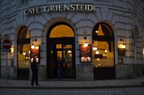 Cafe Griensteidl: Fachada principal.