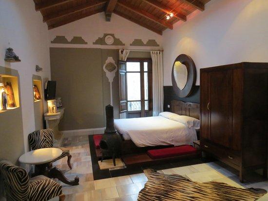 The Place Cagliari: room